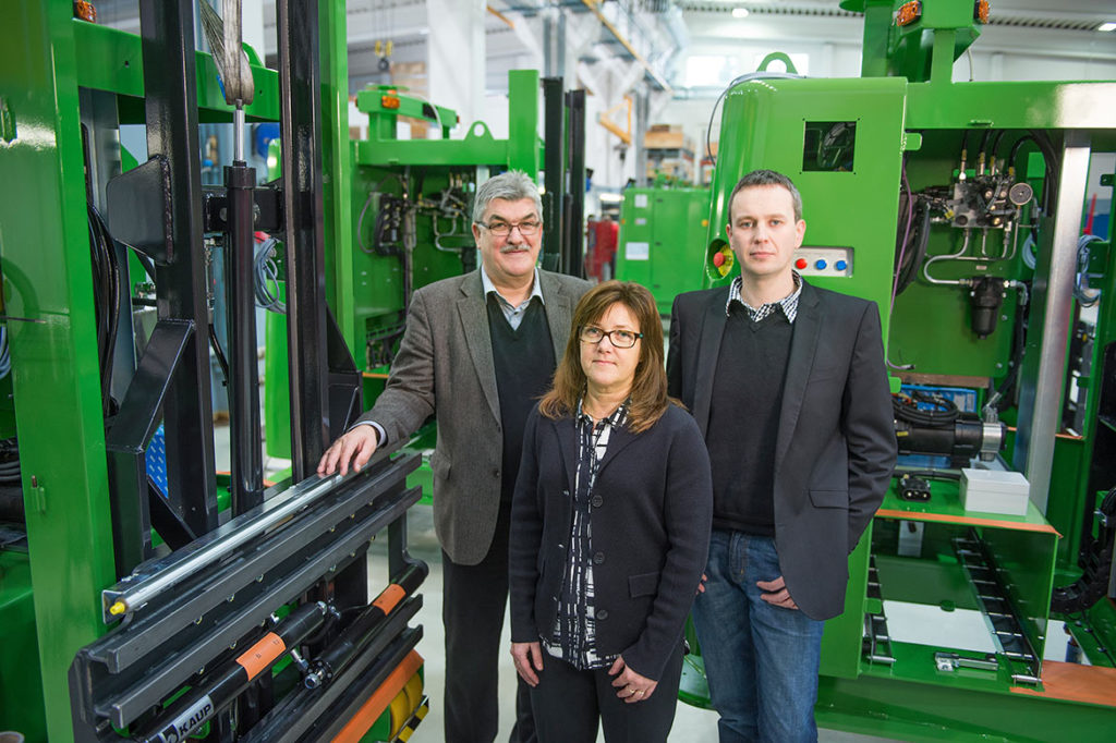 """""""Solving's movers can carry loads weighing up to several hundreds tons,"""" explains Peter Björk, Ullamay Borgmästars and Andreas Backman."""